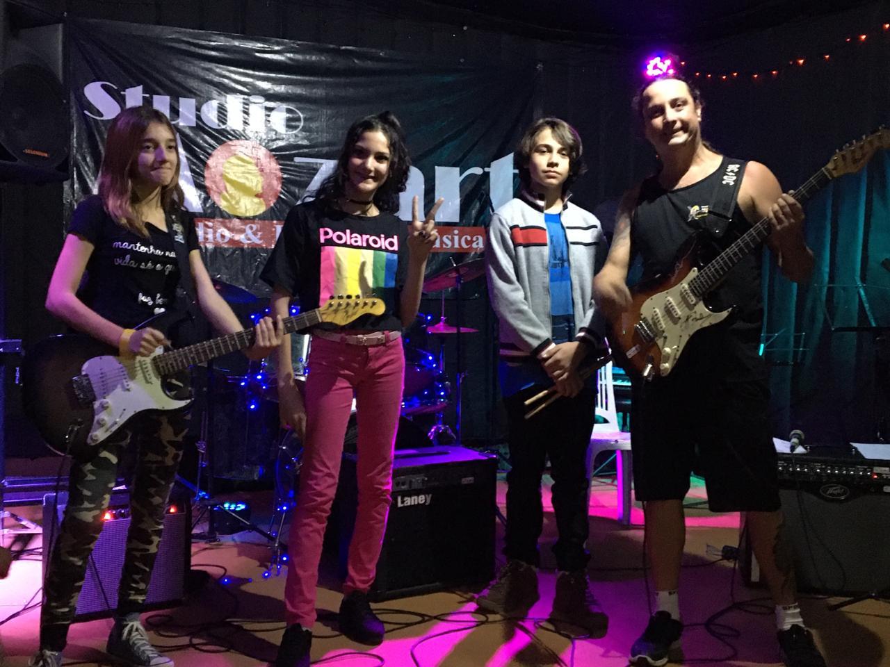 rock-show-01